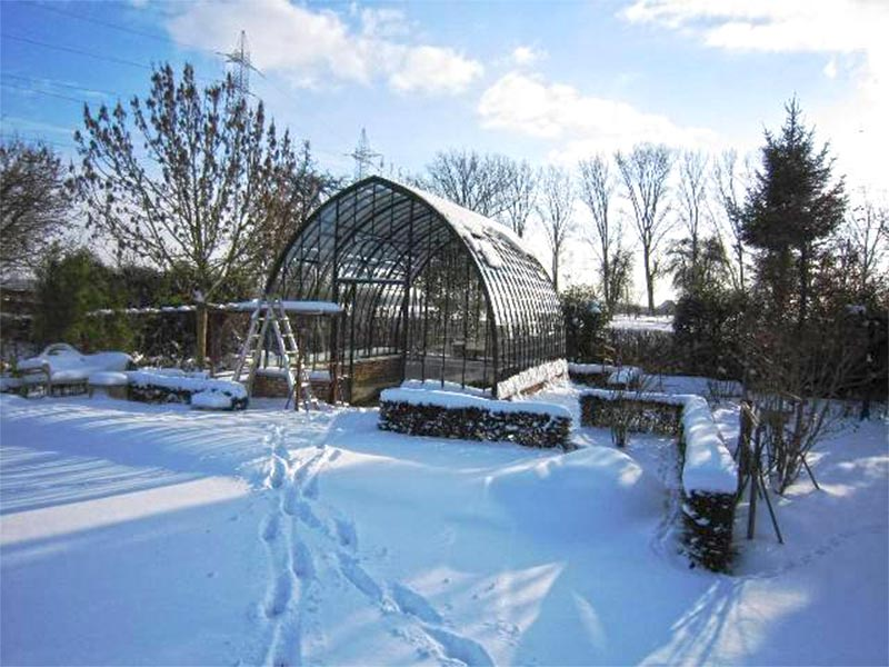 winter atmosphere conservatory snow DBG Classics