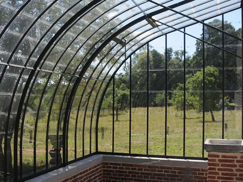 Acheter serre adoss e avec attention pour l 39 agencement de votre jardin - Serre de jardin adossee au mur ...