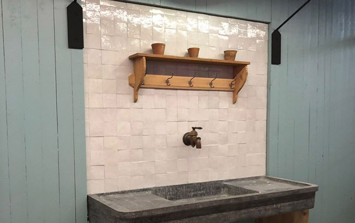 copper tap classic wall tiles vintage lean to greenhouse stand dbg classics batibouw 2018