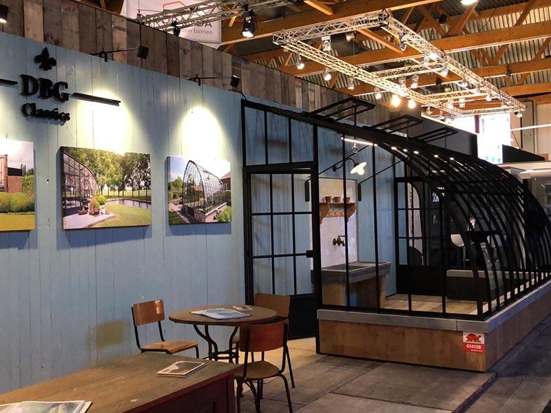 twee deuren drie ventilatieluiken klassieke aanbouwserre stand dbg classics batibouw 2018