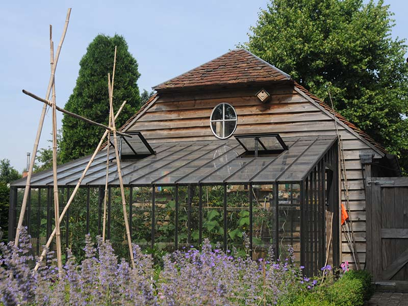 muurserre maken tegen houten annex in tuin smeedijzeren model dbg classics