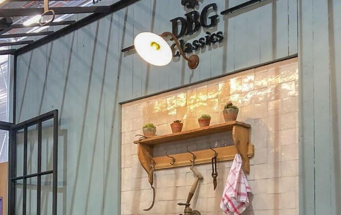 serre smeedwerk dbg classics stand op maison&objet beurs in parijs