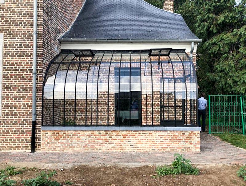 tuinkamer aanbouwmodel op gemetseld muurtje met natuursteen vintage look