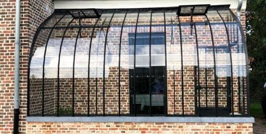 salon de jardin attenant en profils de fer forge et verre dbg classics