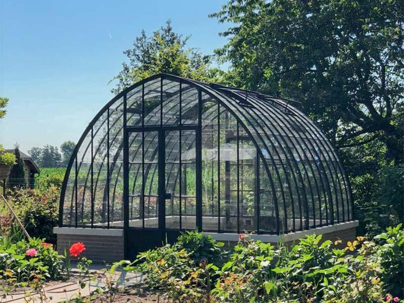 tuinkamer serre vrijstaand model zwarte kleur nostalgische uitstraling met glas dbg classics