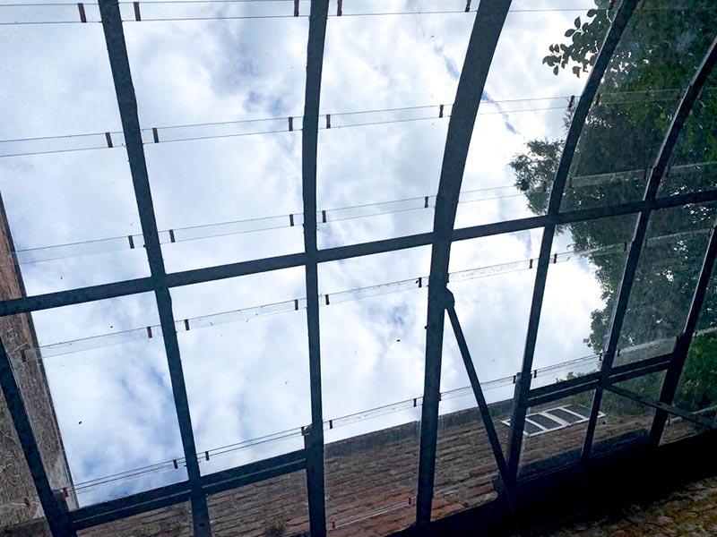 nok van glazen serre aanbouwmodel fijne profielen in combinatie met glas
